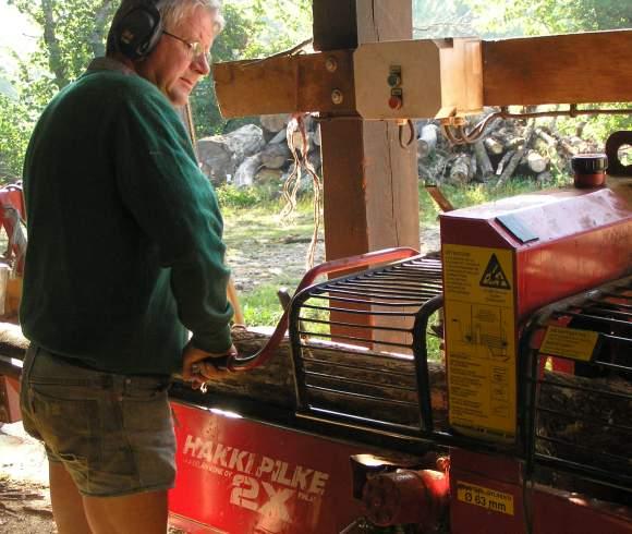 Première machine à bois et Roger Fournier